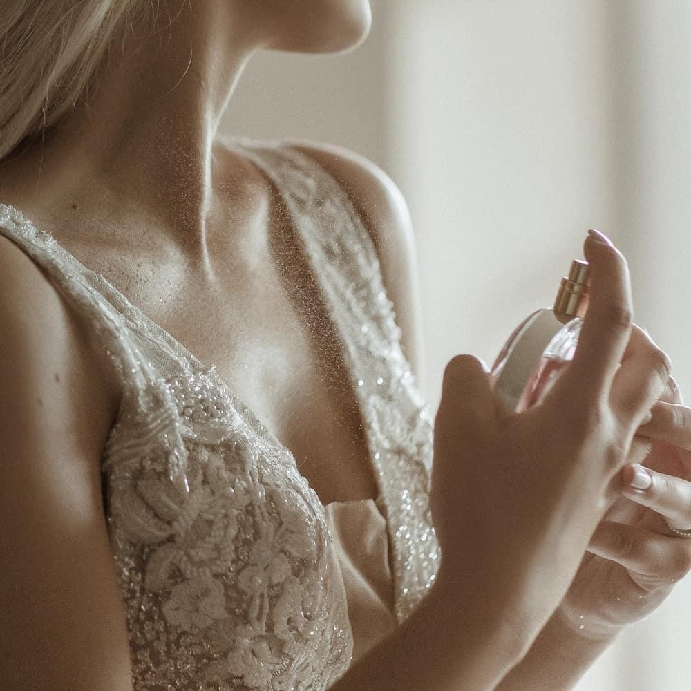 Brautkleid 4U - Hochzeitskleid kaufen in Neuss